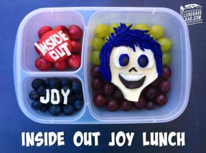 Why-I-Make-Fun-Character-Bento-Lunches-For-My-Kids7__700